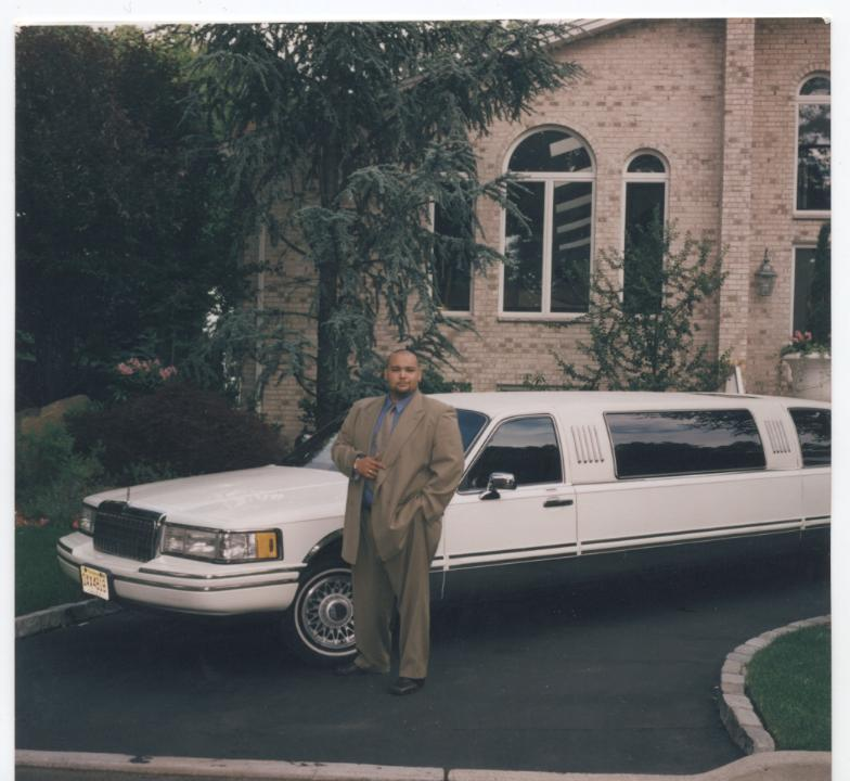 luxury car services, dial a ride service, dial a ride services, hummer limos
